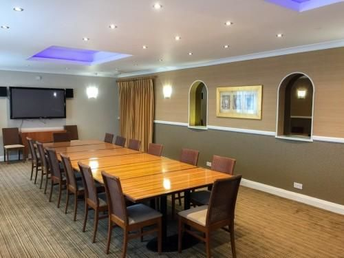 The Suncliff Hotel - Sunrise Meeting Room